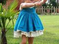 vestido de plumeti azul, vestido con puntillas para niña, vestido de tirantes niña, vestido azul niña, marcas de moda infantil, moda infantil española, tienda online ropa niños.jpg