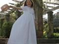 Vestido de comunión exclusivo, venta online de moda infantil, plumeti blanco comunión, sombrero para niña de comunión.JPG