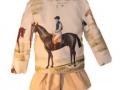 americana para niño, americana para niña, color beige con motivos de hípica, blanco y entredoses diseño de ropa para niños