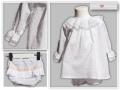 jesusito de plumeti blanco, braguita de plumeti con volante y camisa de plumeti para bebe con entredoses, camisa de plumeti para niños, jesusito camisa y braguita plumeti.jpg