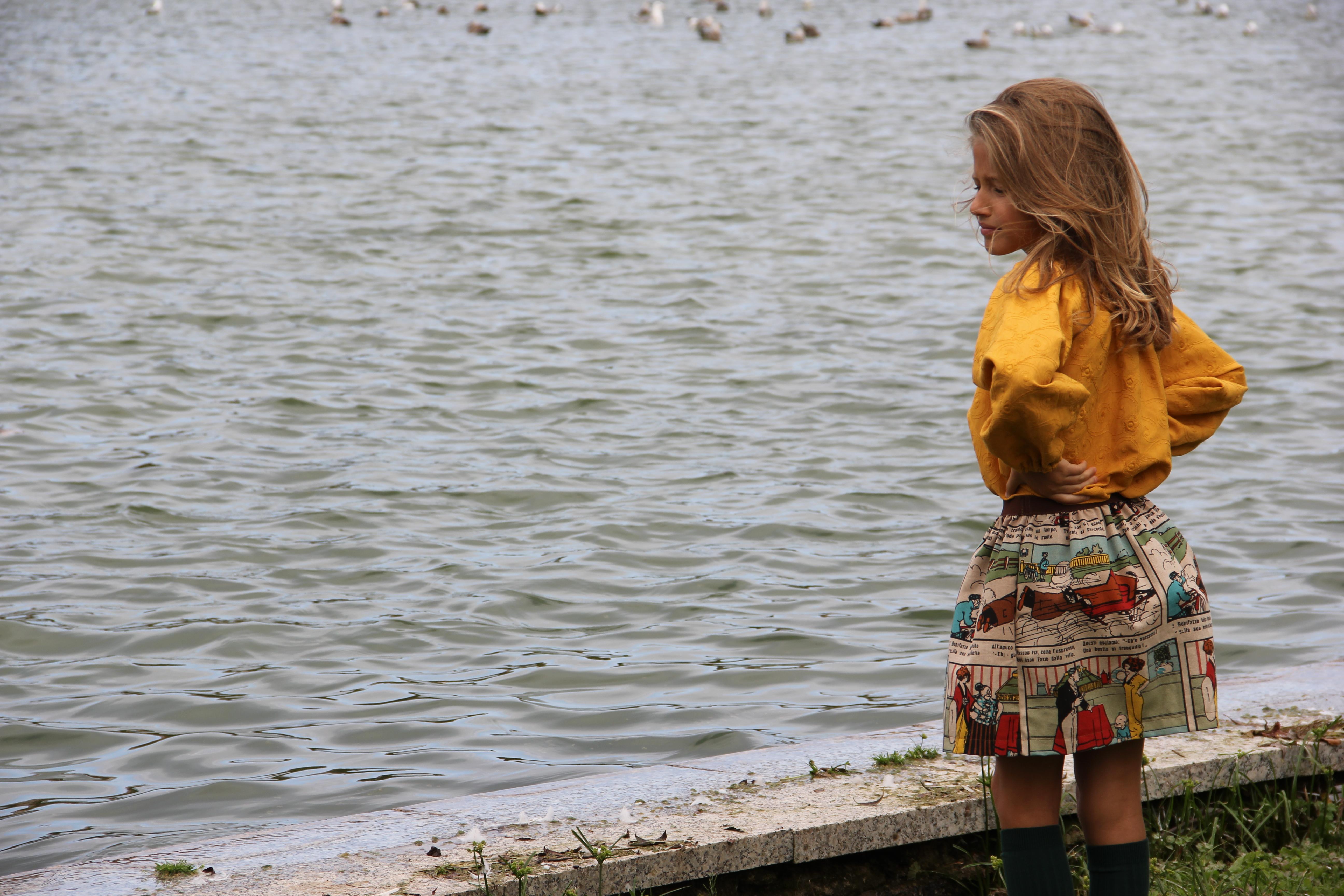 moda-infantil-online-ropa-de-niña-online-ropa-de-niña-santander-falda-de-comic-moda-otoño-2015-ropa-de-niña