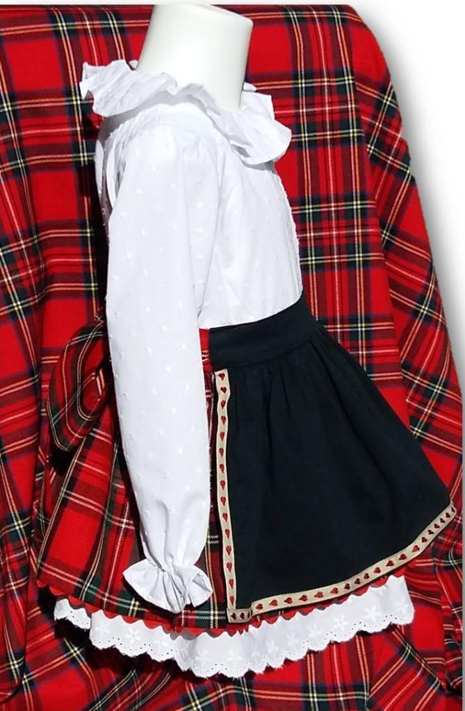 vestido blanco y entredoses plumeti y tartan