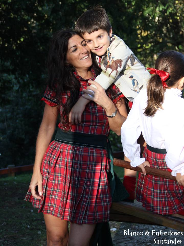 Madre e hijo conjuntados, cuadros escoceses madre e hijo, ropa madre e hijo onl