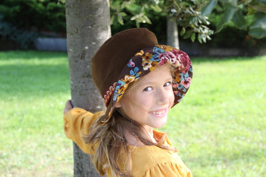 Sombrero marrón y flores, sombrero de invierno online,