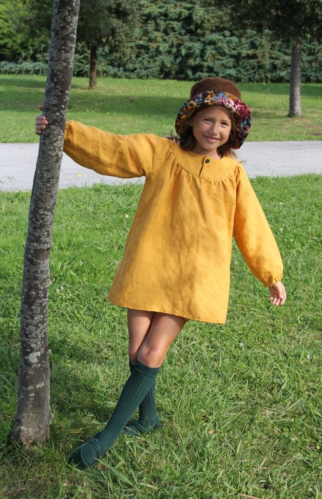 Vestido para niña mostaza, moda invierno niña, ropa de invierno niña,tienda online moda infantil