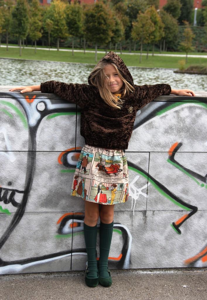 moda infantil casual online, niña, moda niña online, ropa casual niña, sudadera de niña, moda otoño