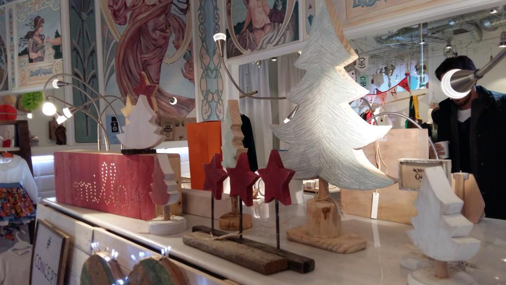Blanco y entredoses en Comillas Concept store, tienda efimera en madrid (4)