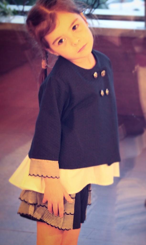 moda marinera para niños, moda navy infantil, short marinero niña, short volantes niña, blazer niña azul marino, chaqueta de niña marinera