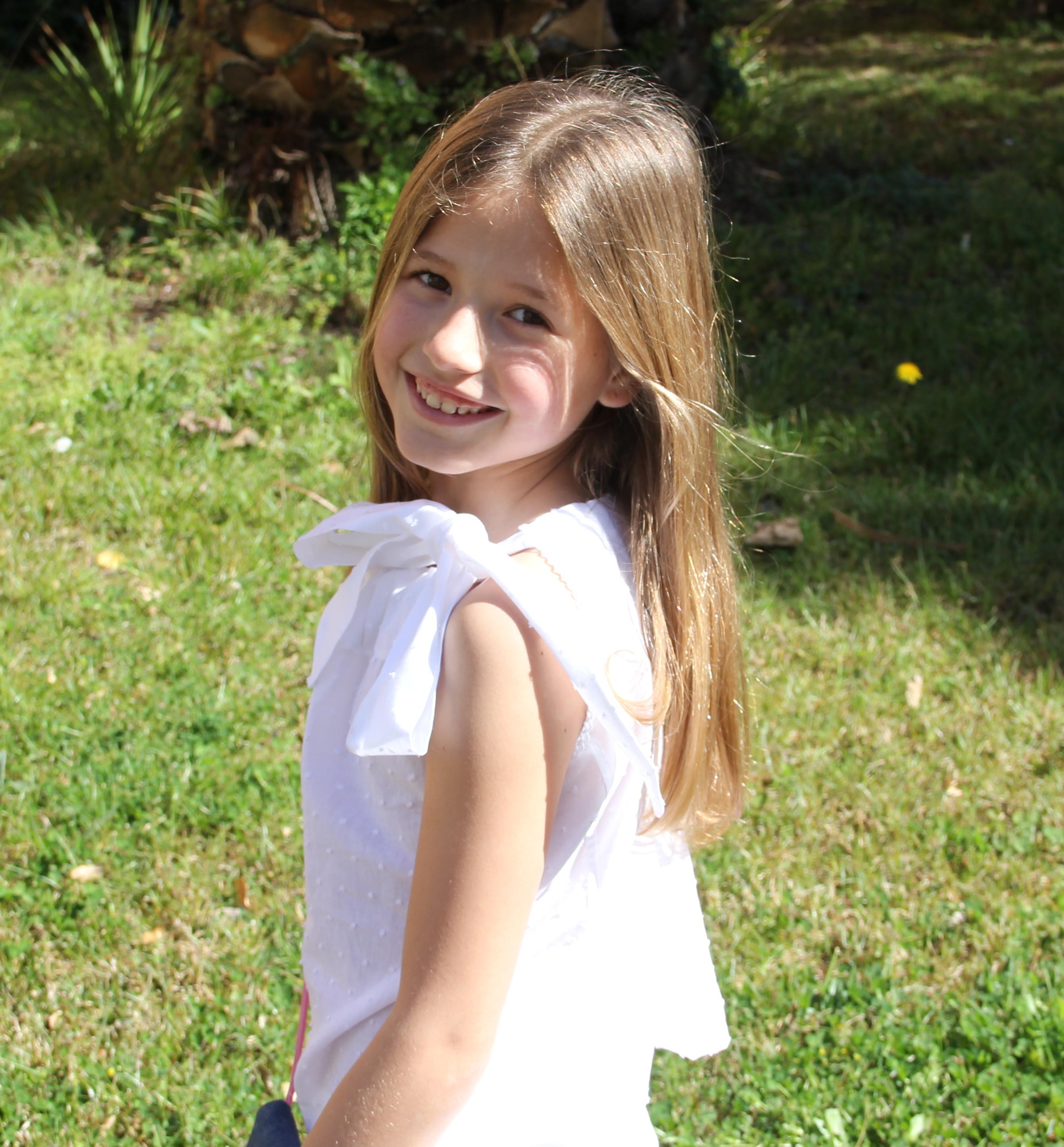 blusa de plumeti blanco niña, top de plumeti niña, short blanco niña, bermudas blancas niña (5)