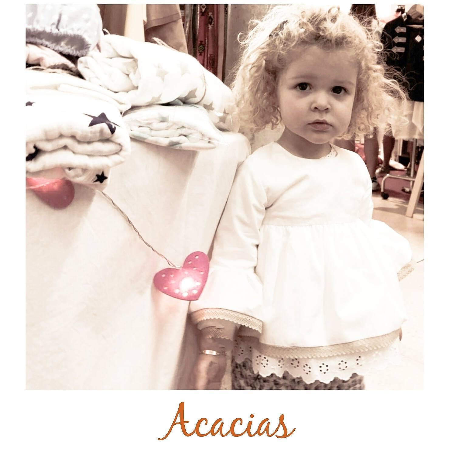 blusa de puntillas para niña, blusa mangas campana niña (2)