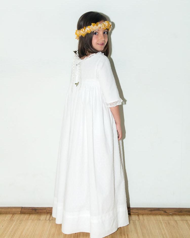 vestido-de-comunion-a-medida-vestido-de-comunion-hecho-a-mano-vestido-comunion-plumeti-blanco